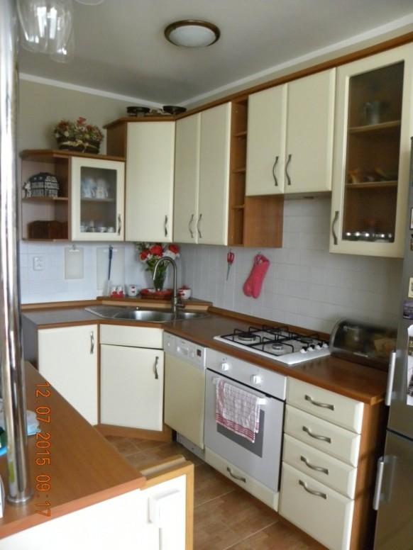 Kuchyňská linka - dekor vanilka a třešeň - prodám, inzerce Nábytek ...