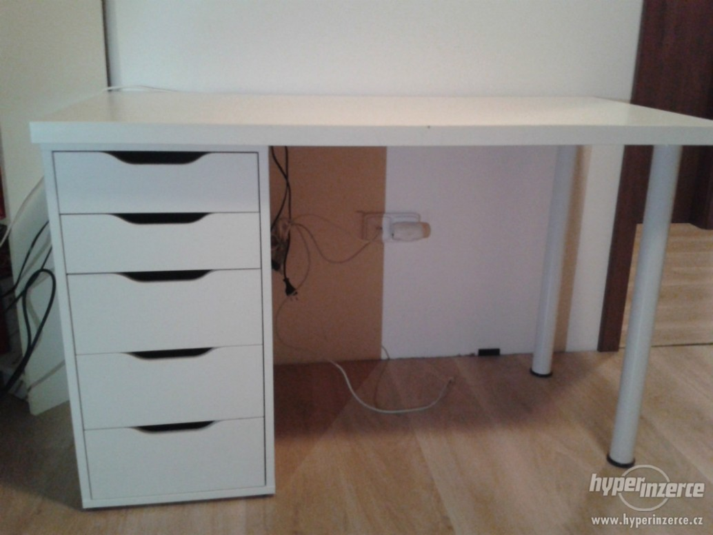 Psací stůl IKEA včetně kancelářské židle - Hradec Králové, inzerce ...