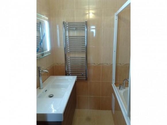 Rekonstrukce koupelny v bytovém domě Hlávkova ul., Klatovy :: INTOP ...