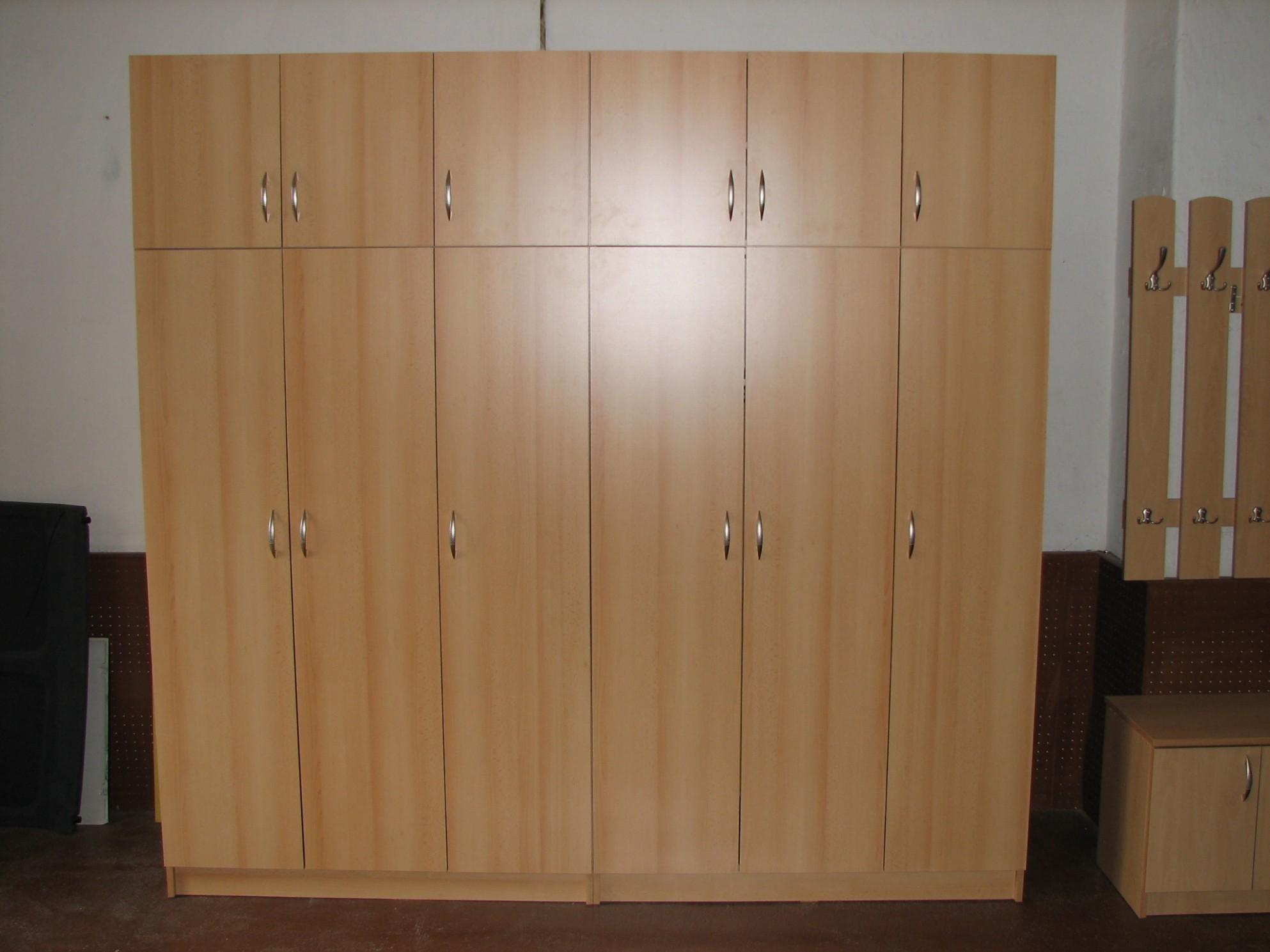 Nábytek Bohumil Říha | Výroba nábytku na zakázku