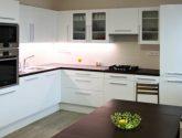 54+ Nejvýhodnejší Obrázky z Kuchyně Bílá Vysoký Lesk