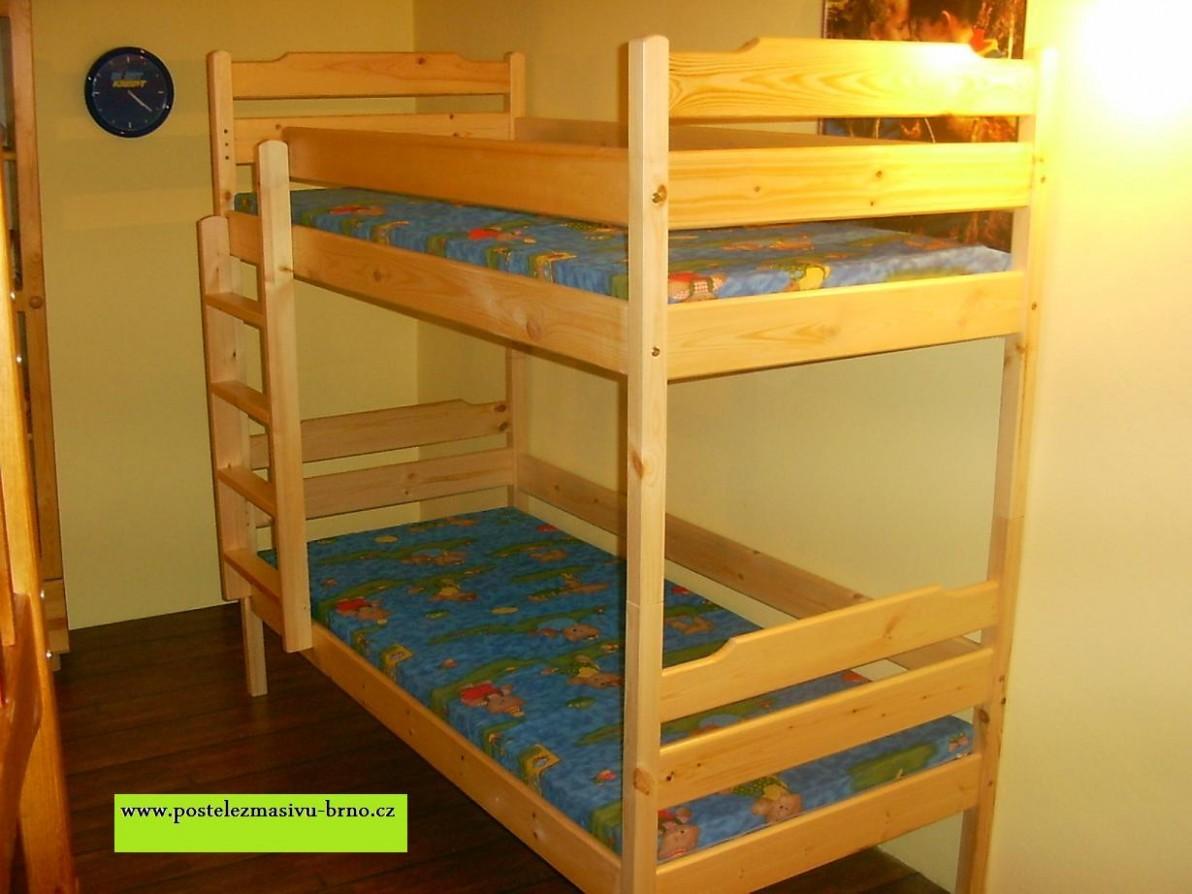 Dvoulůžková patrová postel   POSTELE Z MASIVU - Patrové postele Brno