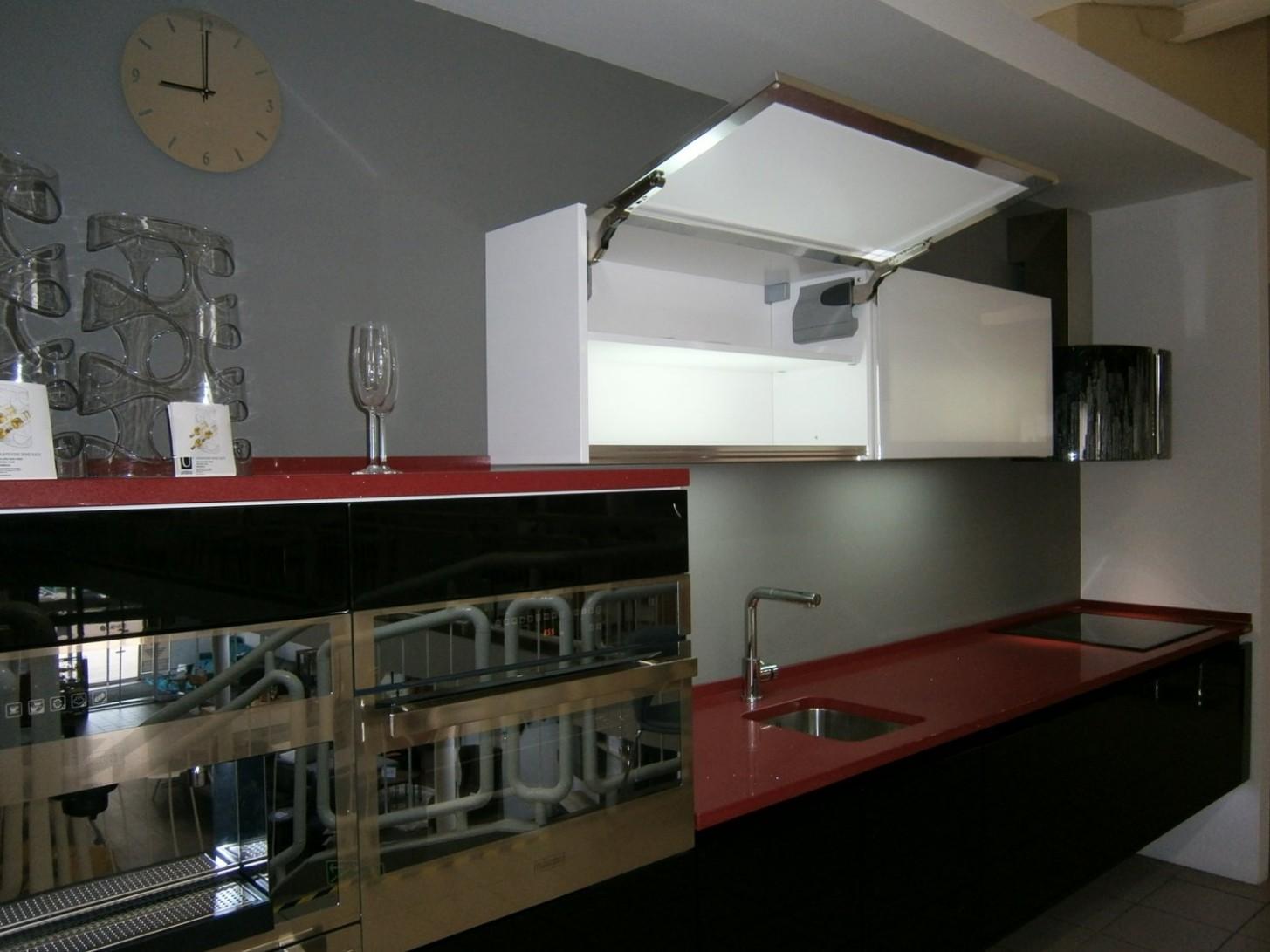 Kuchyňská linka BRAVA - včetně pracovní desky TechniStone - prodej ...
