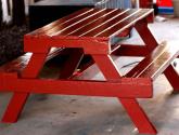 Barevná lavička