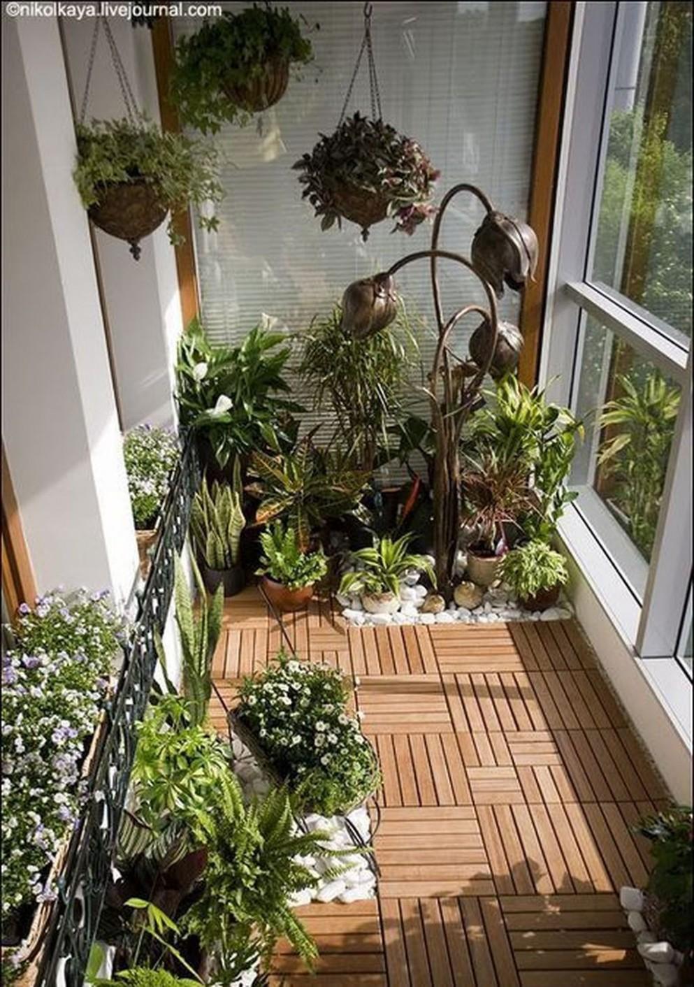 19 Awesome Small Balcony Garden Ideas