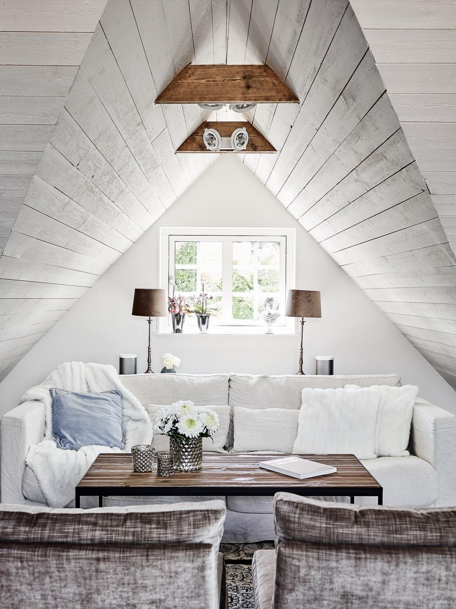 Skandinávský interiér v podkroví   I like living   Podkroví ...