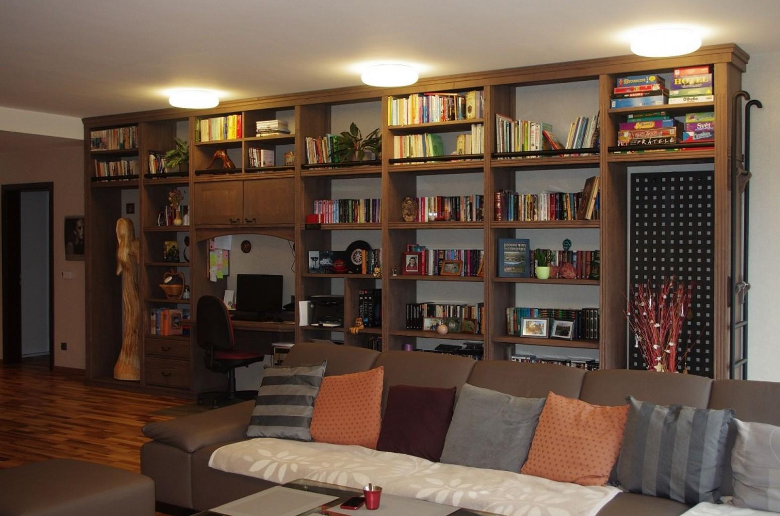 Nový interiér obývacího pokoje s kuchyní – Liberec