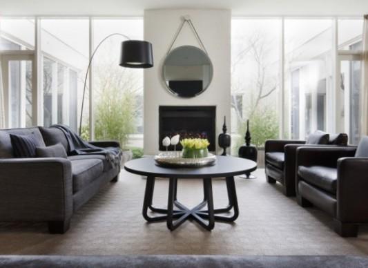 Obývací pokoj s širokými možnostmi k sezení   Styl a Interier