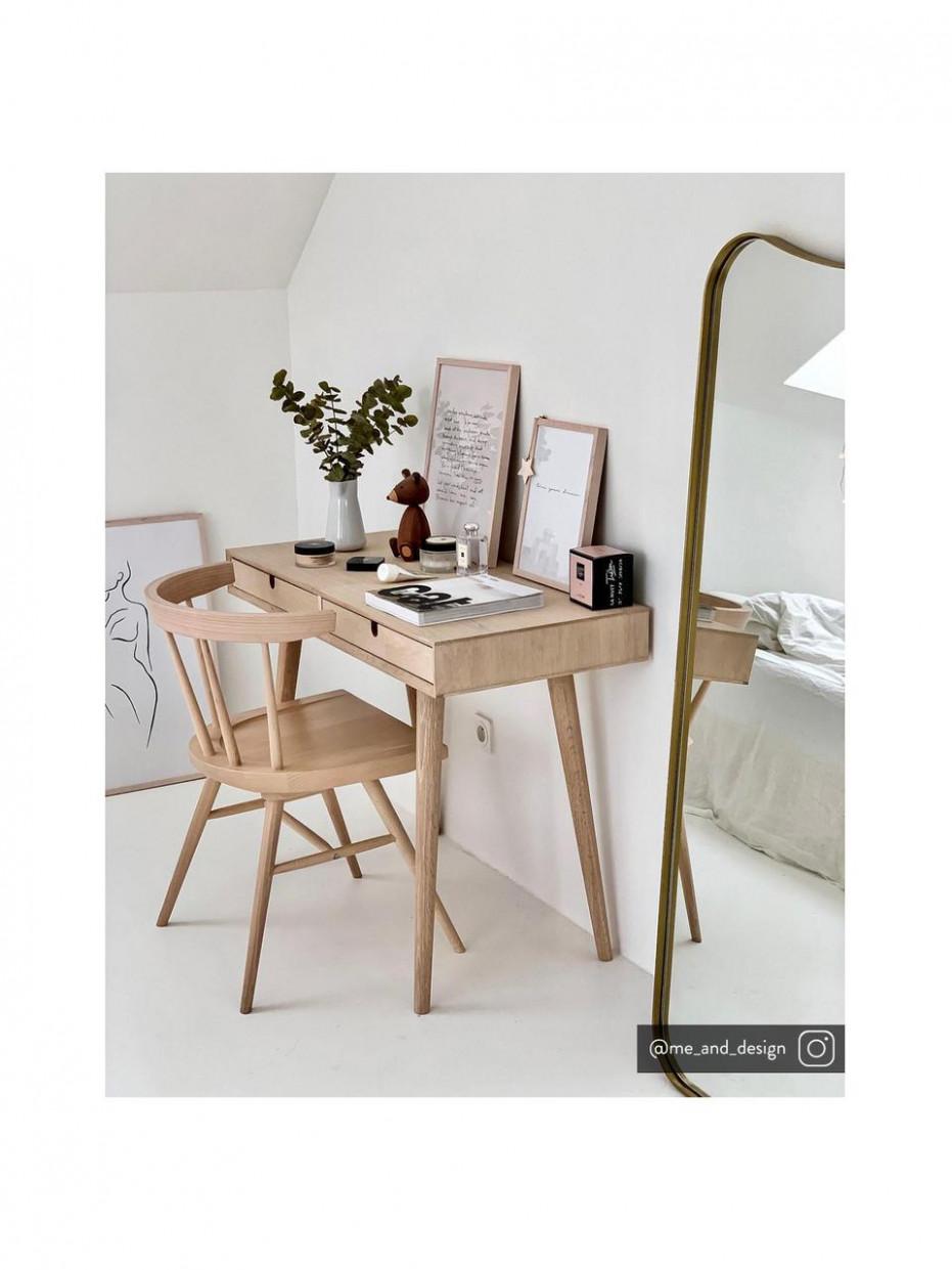 Malý Psací Stůl